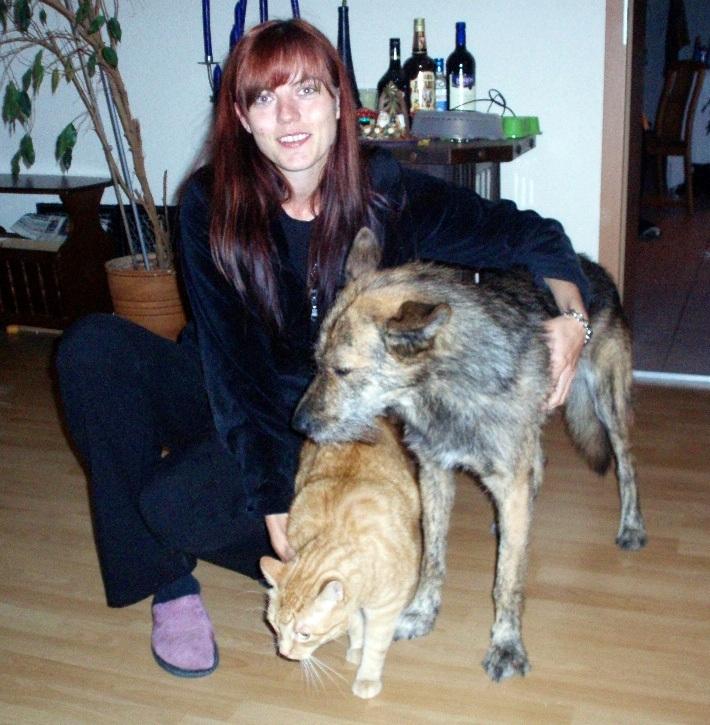 Matthias girlfriend with dog Tigre and cat Havoc